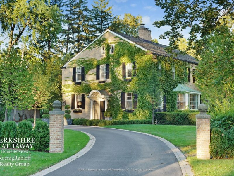921 Church Rd, Lake Forest