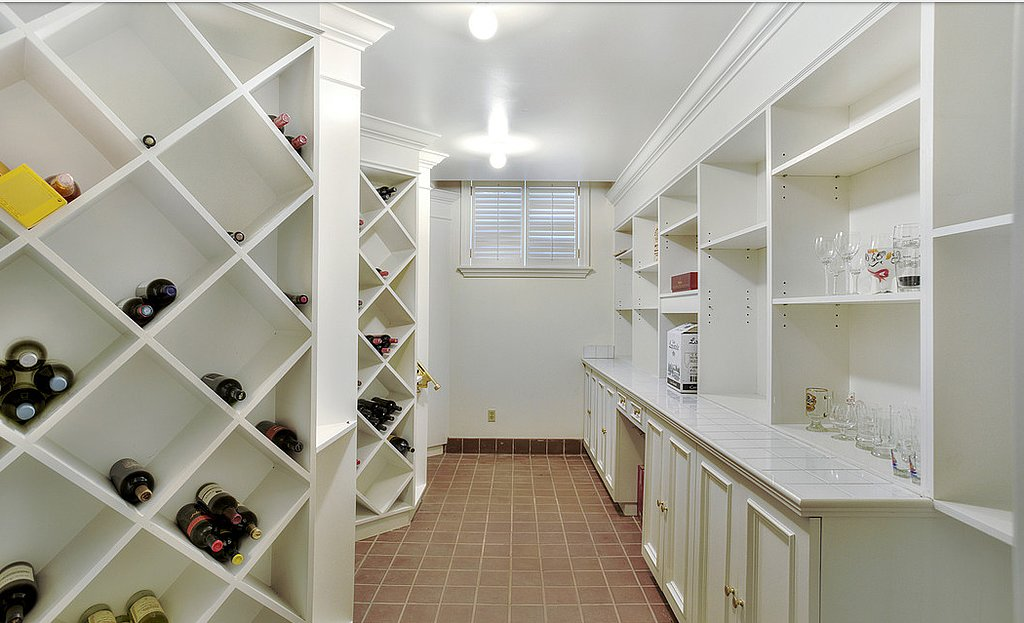 private-wine-cellar-wet-bar-make-lower-level-perfect