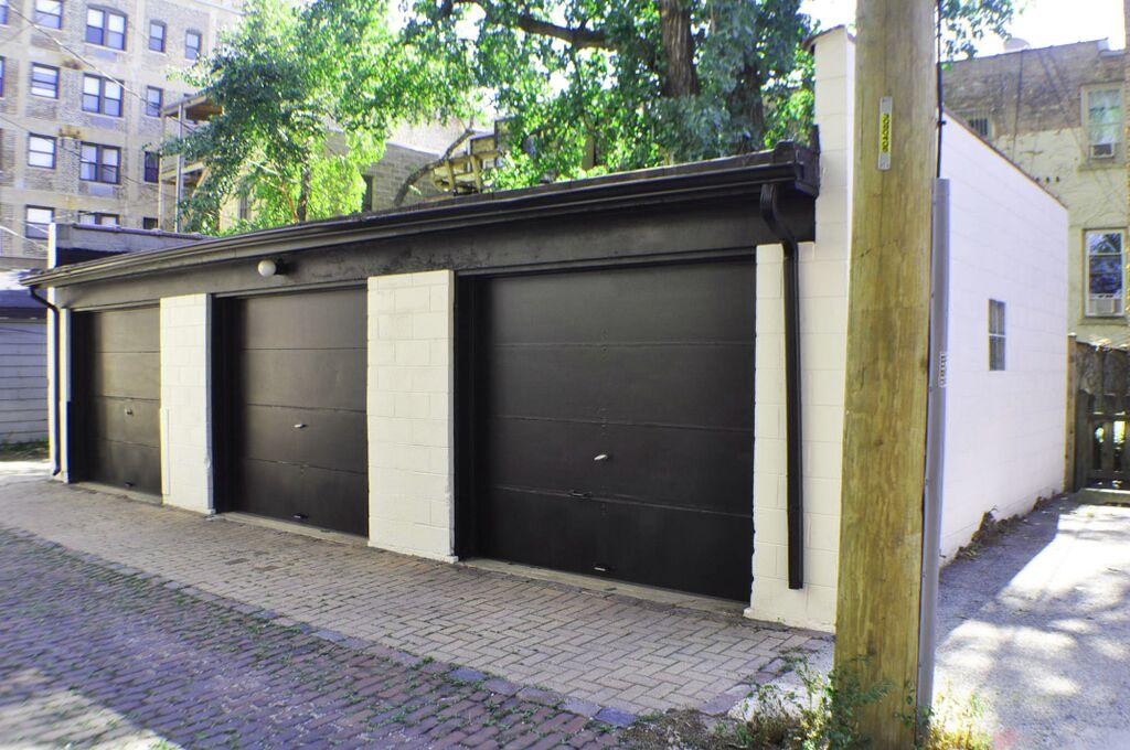 Armitage garage