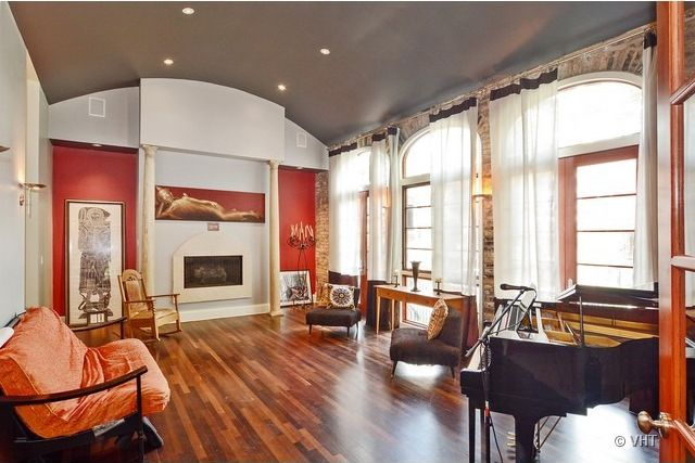 Swanky, Christmas-ready Living Rooms in Logan Square