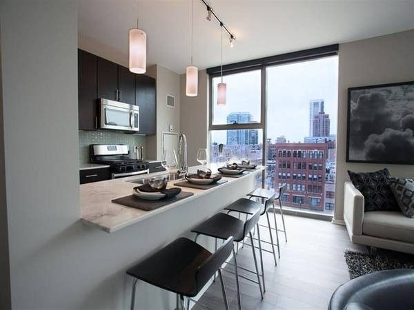 cheap apartments in west loop 4