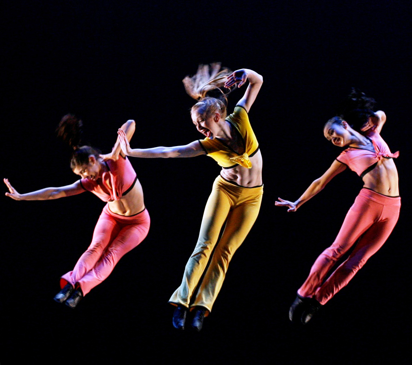 dance as a modern form of entertainment Jazz, the dance, is as experimental, free form and fluid as jazz, the music it's fusion, it's inventive, it's exuberant and, like the music, jazz dance is.