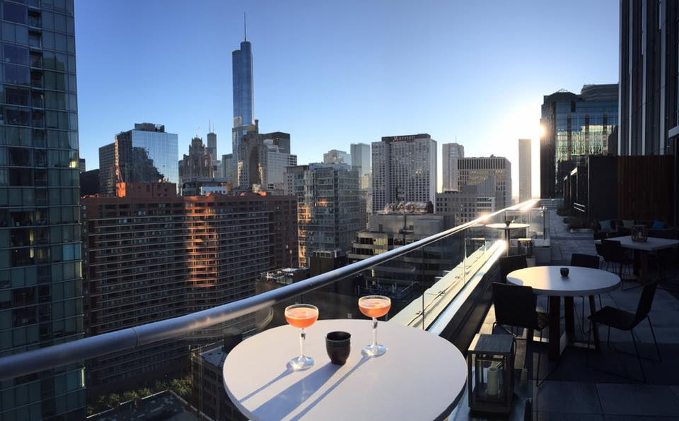 Get Ready For Spring Top 10 Rooftop Bars In Chicago