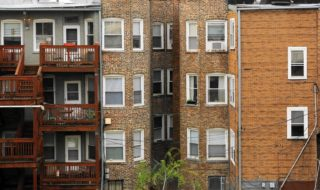 ct-chicago-rent-affordable-0526-biz-20160525