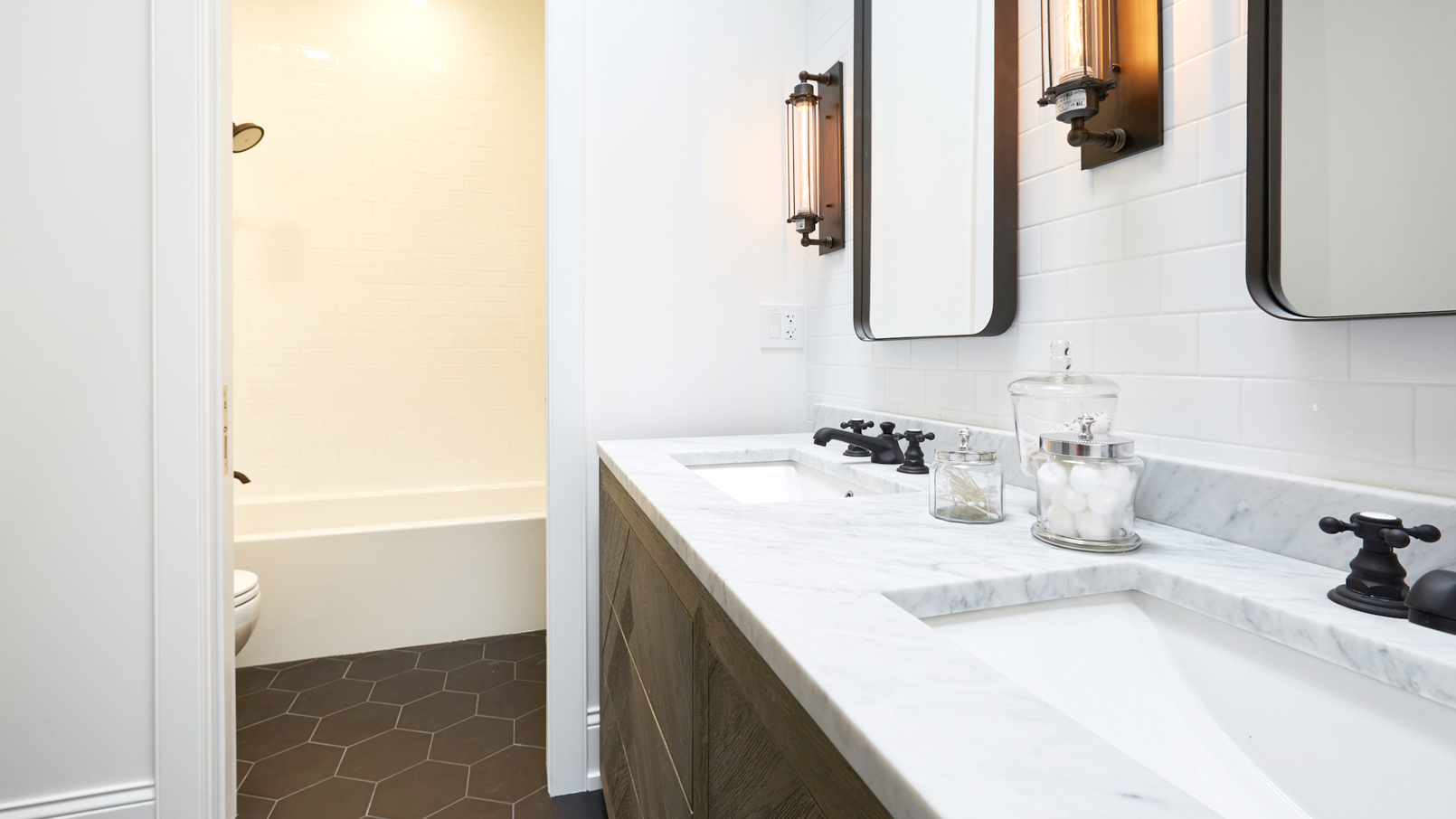 bathrooms Archives - Preview Chicago | Chicago Real Estate Entertainment