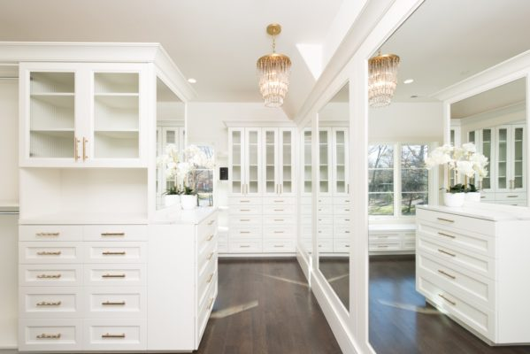 February 8 2018 february 9 2018 comments off on 7 luxury closets for sale now in chicago 6 likes like 873