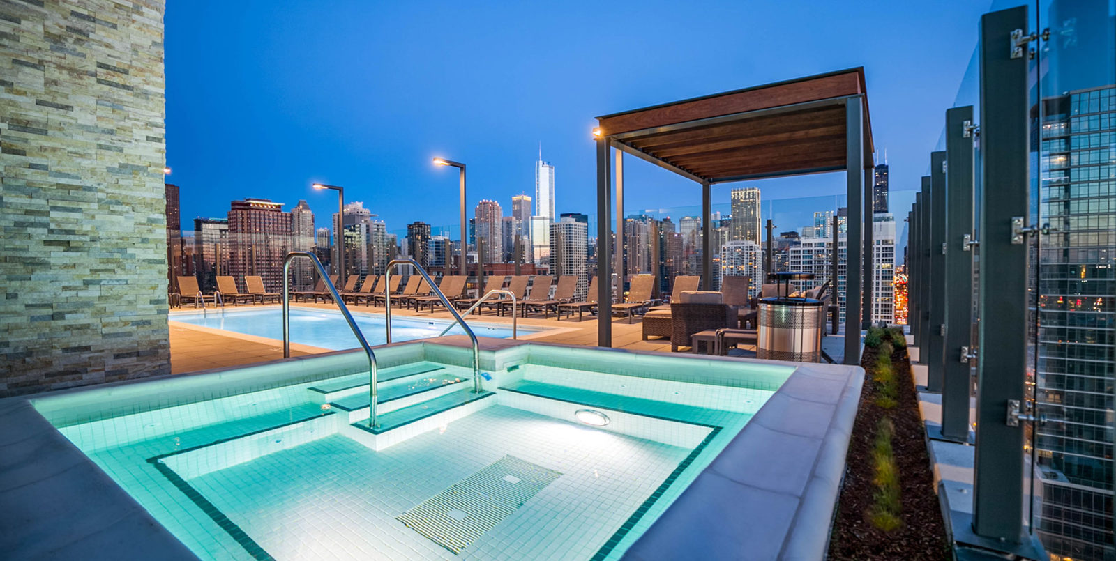 Top 10 Chicago Rentals for fall – Preview Chicago